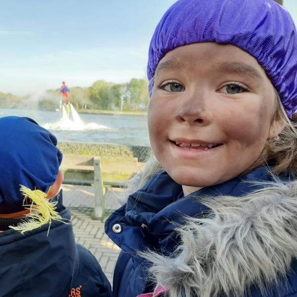 Sinterklaas geheim verteld piet kind intocht