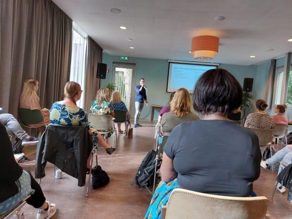 blogger by nature, bloggers, presentatie, blauwe monsters, berend koudijs